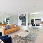 Sydney CBD Fully Self Contained Modern 3 Bedroom Apartment (161MKT), Sydney