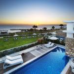 Hotel Pictures: Paradise Cove Luxurious Beach Villas, Paphos City
