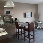 Hotel Pictures: Le Cos'y Appart Hôtel, Aulnay-sous-Bois