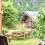 Hotel Pictures: Le Sapé Chalet, Champagny-en-Vanoise