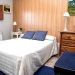 Hotel Pictures: villa feliche, Camarles