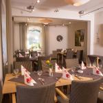 Hotel Pictures: Hotel Zur-Borke, Neuenrade