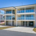Fotos do Hotel: Rockingham Beach Road Villas by Rockingham Apartments, Rockingham