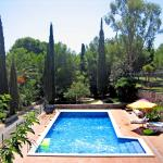 Hotel Pictures: Masia Torrents 6 pers., Cunit