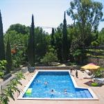 Hotel Pictures: Masia Torrents 3 pax 08, Cunit