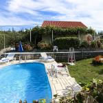 Apartment Holiday Home Desin, Molunat