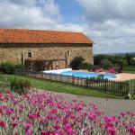 Hotel Pictures: Chambres d'hôtes La Peyrecout, Laparrouquial