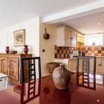 Hotel Pictures: Aubignane La Bergerette de Pierroun, Redortiers