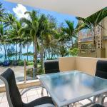 Paringa Beachfront Apartment,  Palm Cove