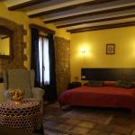 Hotel Pictures: Casa Pilar, Castell de Castells
