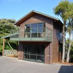 Treetops Cottage at the Castle, Whitianga