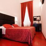 Cenci Bed & Breakfast Fontana di Trevi,  Rome