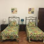 Hotel Pictures: Casa Rural Valentin, Villaverde