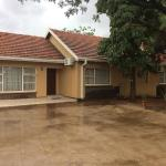 Hotel Pictures: River-Ridge Guest House, Gaborone