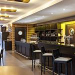 Hotel Pictures: Ibis Barcelona Molins de Rei, Molins de Rei
