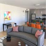 Fully Furnished 2 Bedroom in Longwood Medical Area by SeamlessTransition, Boston