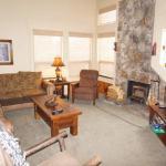 Lakeview 826 Condo #693 Condo, Mammoth Lakes