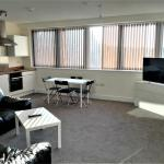 2 Bed Centre Apartments, Swindon