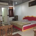 Hotel High Way, Jhānsi