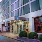 (4.5/5)   Hilton London Gatwick Airport  reviews