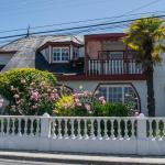 Hotel Pictures: Costanera Hostel, Dalcahue