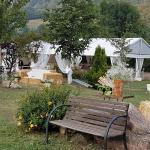 Hotel Pictures: Casas de Aldea Valle de Bueida, Bárzana