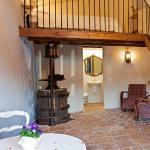Hotel Pictures: Masia CasaJoana Rural, Rellinars