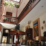 Hotel 4 mundos, Cuenca
