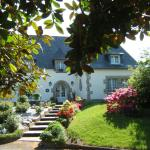 Hotel Pictures: La Coudraie, Pluguffan