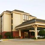 Hampton Inn Dallas-North-I-35E At Walnut Hill, Dallas