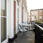 Kensington Balcony Apartment, London