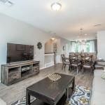 At Tideview Townhouse, Orlando