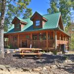 Liam's Retreat Cabin, Sevierville
