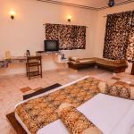 Kanwhizz Hum Tum Resort, Rāmnagar