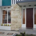 Ken's Villa 8, Batu