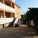 Apartment Gordana, Drage