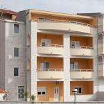 Apartments Villa Vujcic,  Makarska