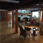 Hotel Pictures: La Grange Country Inn, Wakefield