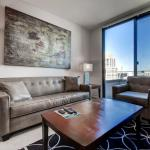 Global Luxury Suites at Mountain View,  Mountain View