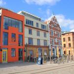 Hotel Pictures: Hiddenseer Hotel, Stralsund