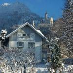 Hotel Pictures: Romantic-Pension Albrecht - since 1901, Hohenschwangau