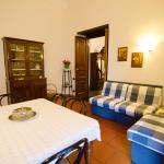 Suite Palazzo Reale Apartment, Naples