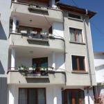Apartment Yana