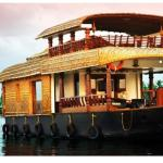 Whynot Houseboat, Alleppey