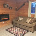The Cozy Cabin,  Wellston
