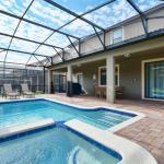 1471 Moon Valley Drive Pool Home, Davenport