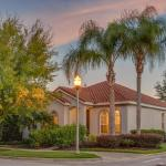 Devereaux Four-Bedroom Reunion Pool Home, Kissimmee