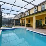 9024 Shadow Mountain Street Pool Home,  Davenport