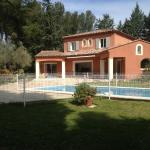 Spacious Villa with Swimming Pool - Chemin de la Souque, Aix-en-Provence