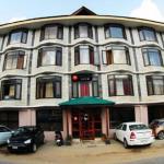 Hotel Hamta View Regency,  Manāli